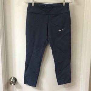 NWOT Nike capris